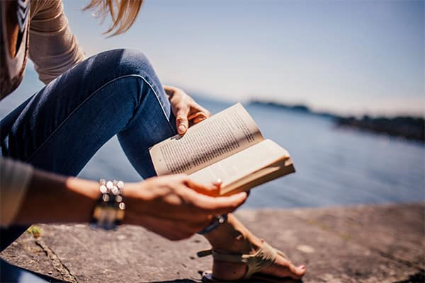7 books to read on your all-inclusive holiday