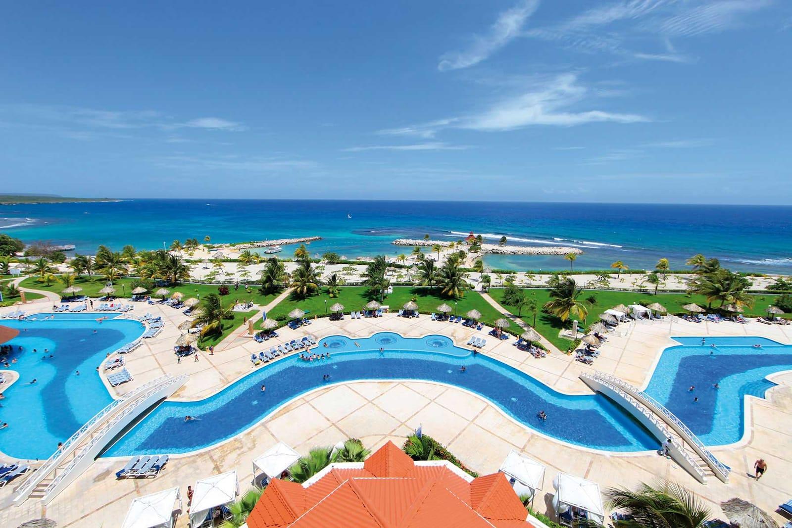 All inclusive in resort runaway bay bahia principe hotels
