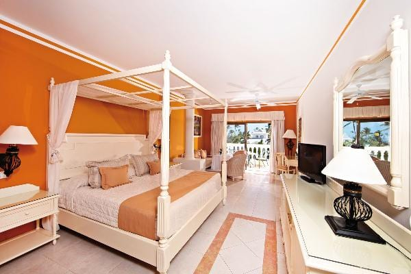 Junior Suite Deluxe Room at Luxury Bahia Principe Esmeralda Don Pablo Collection 2