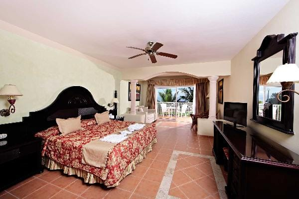 Cayacoa Resort Rooms Bahia Principe Hotels Amp Resorts