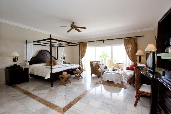 Habitación Junior Suite Luxury Bahia Principe Cayo Levantado 1