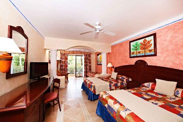 Junior Suite Superior Room at Grand Bahia Principe Coba 1