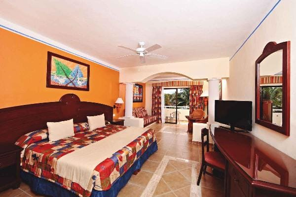 Junior Suite Superior Room at Grand Bahia Principe Coba 2