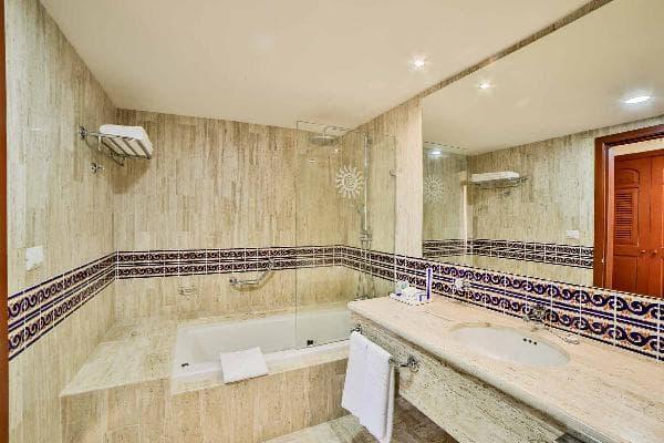Coba Resort Rooms Bahia Principe Hotels Amp Resorts