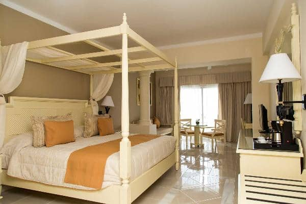 Runaway Bay Rooms Bahia Principe Hotels Amp Resorts