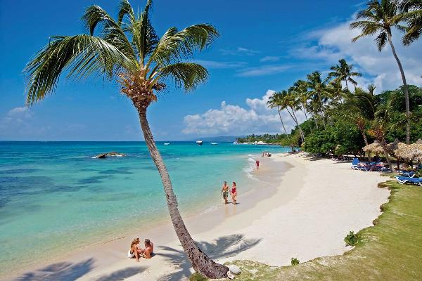 Beach Things To Do In Cayo Levantado Bahia Principe Hotels