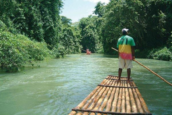 River rafting the Martha Brae at Jamaica