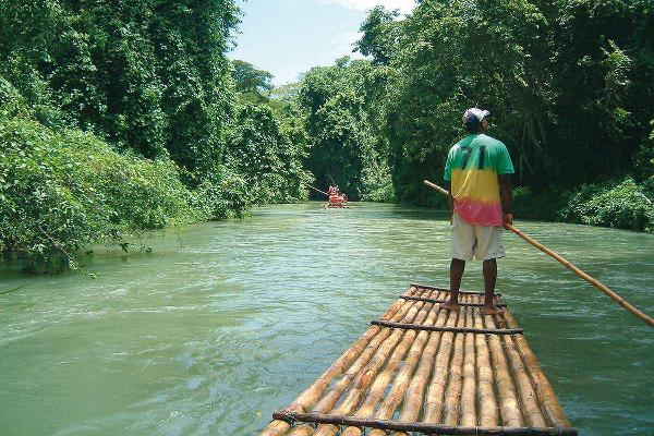 River rafting the Martha Brae at Jamaica 3