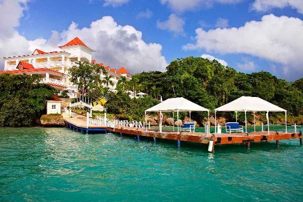 Adults only in cayo levantado bahia principe hotels for Hotel luxury cayo levantado