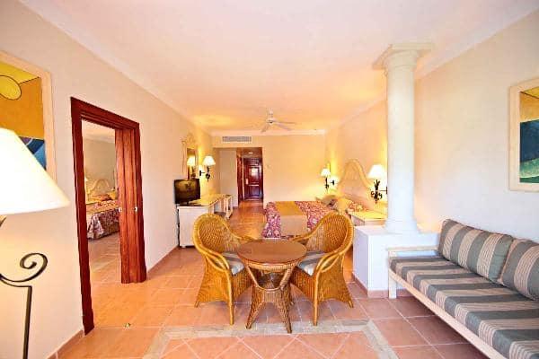 Turquesa Resort Rooms Bahia Principe Hotels Amp Resorts