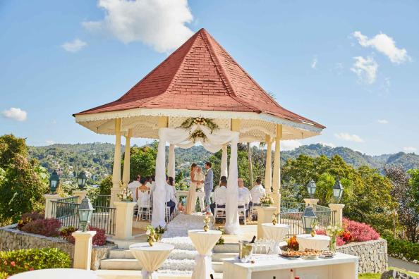 Wedding at Grand Bahia Principe Cayacoa 3